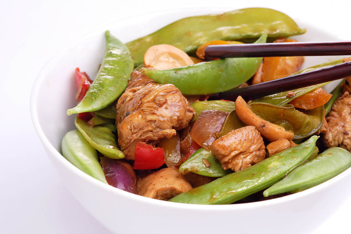 Cashew and snow pea stir fry